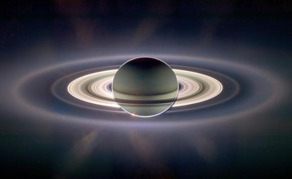rings_of_saturn_large